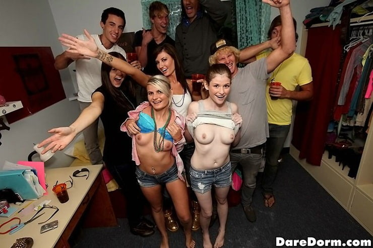 Dare naked party girl at