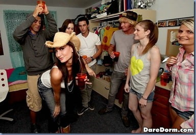 dorm-sex-party-04